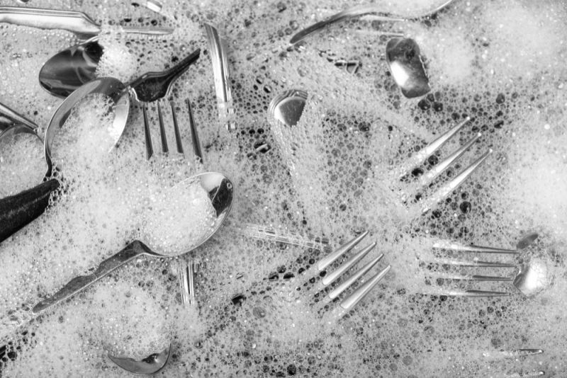 Crockery and Cutlery - 3 surprising Culprits That Can Cause your Sink to Block